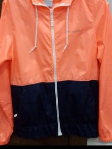 Sz Xs ..M...& Xl women's Columbia jacket